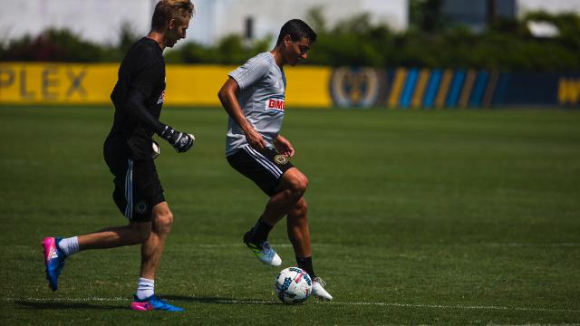 best website 326a3 586a7 Newark native signs contract with the Philadelphia Union