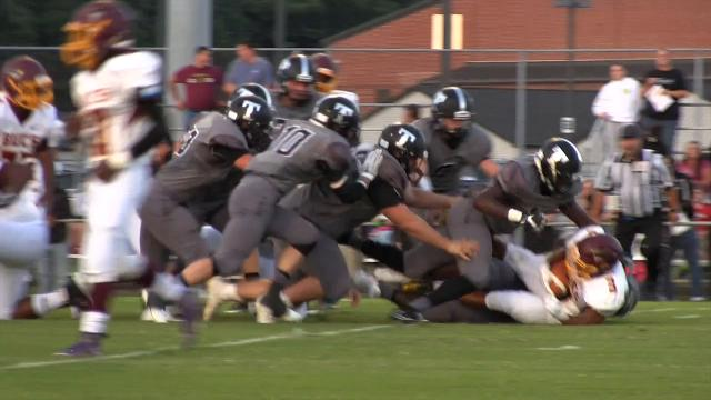 Sussex Tech with a defensive tackle in the 1st quarter