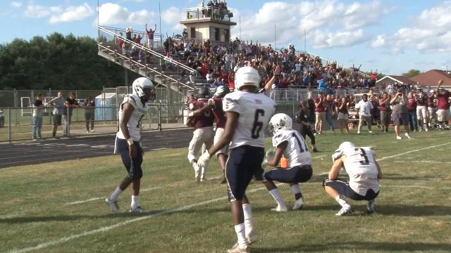 Vaughn Wood hauls in 11-yd TD pass to put Hodgson on top