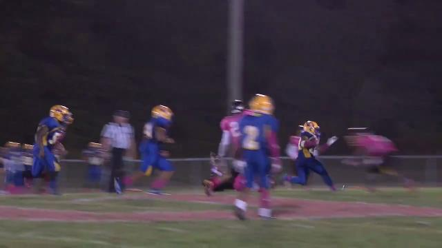 A.I. du Pont's Mosley breaks multiple tackles for 16 yard run