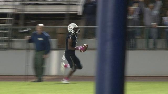 Corahn Alleyne runs in fifth TD