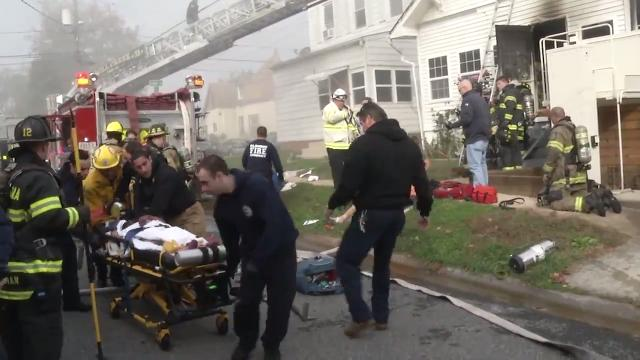 Three injured in Richardson Park fire