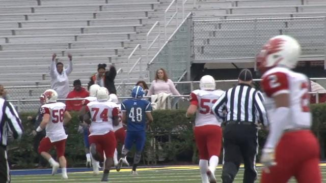 Will Knight breaks open a 79-yd TD run
