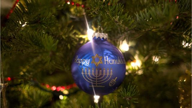 As the holidays begin, so do the family traditions. For local interfaith Delawareans — primarily Christian and Jewish families — this means merging religious celebrations, family recipes and decorations.