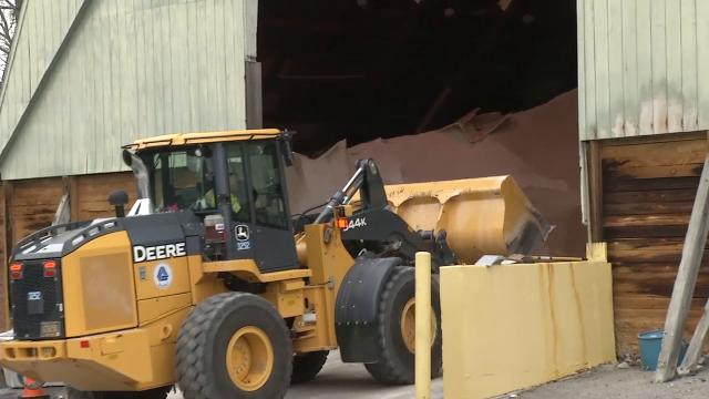 DelDOT plows prepare for afternoon snow storm