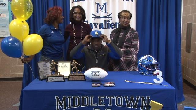 Middletown's Whitehead signs letter of intent with University of Delaware
