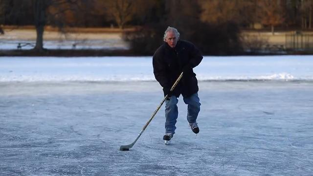 Hockey players and ice skaters needed at Bellevue State Park