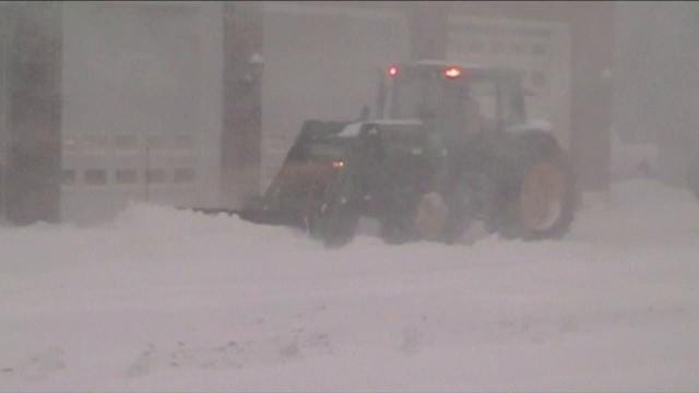 Snow storm blanketing Delaware tapers off