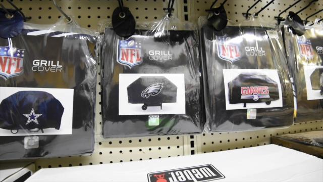 Fenwick Island Hardware customers find their Eagles fan items