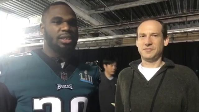 News Journal sports reporters Martin Frank and Kevin Tresolini are live with Wilmington native Wendell Smallwood at the Eagles press gathering at the Mall of America.