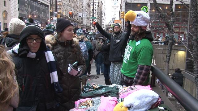 Eagles fans await start of championship parade