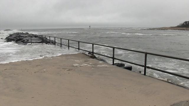 Raw video: conditions at the Indian River Inlet