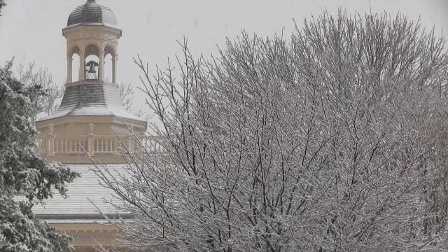 Raw video: Snow fall in Dover