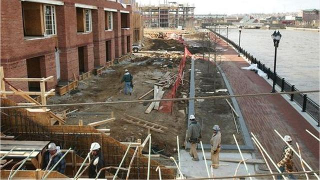 A legal battle continues in a years-long class action fight over who should pay to replace rotting structural beam at Wilmington's Christina Landing development.  12/12/18