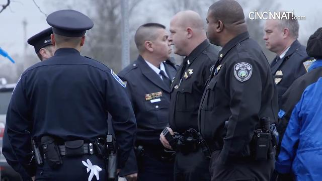 Hundreds gather for the visitation of Westerville police officers