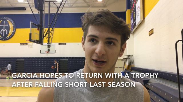 VIDEO Moeller basketball minute witih Carlos Garcia