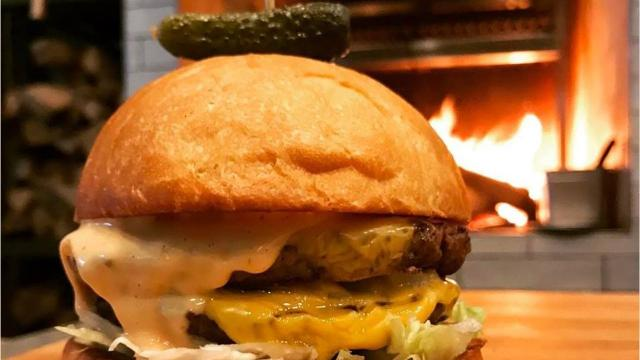 Polly Campbell found her favorite burgers in Cincinnati for National Cheeseburger Day