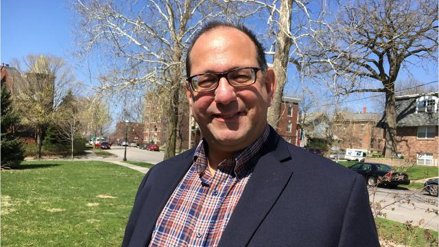 Jon Neiderbach adds variety to Iowa Democratic gubernatorial race
