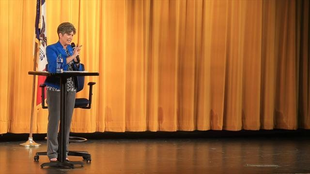 Joni Ernst faces healthcare questions in Harlan