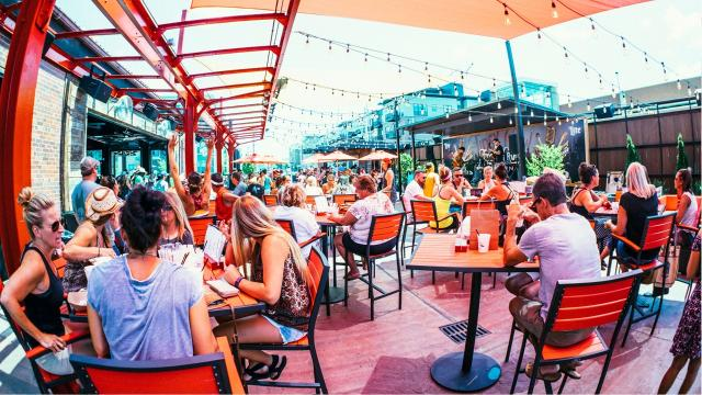 A dress code at a new downtown Des Moines bar that barred patrons from wearing clothing such as baggy jeans, plain T-shirts and construction boots is being criticized as a racist attempt to keep out minorities.