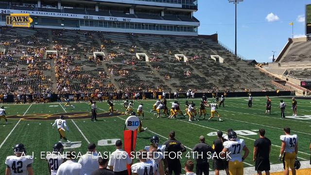 A.J. Epenesa flashes speed for 4th sack at Iowa's Kids Day open practice