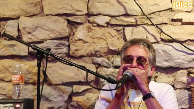 "Listen to this exclusive performance of ""The Wayfaring Stranger"" by The Blue Band's founding members, Bob Dorr and Jeff Petersen. The Iowa band is preparing to call it a career after more than three decades on the Iowa music scene."