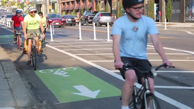 Protected bike lanes have come to downtown Des Moines