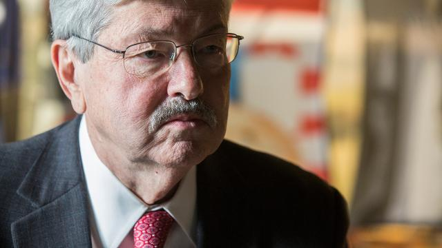 Branstad describes visit to China, North Korea border