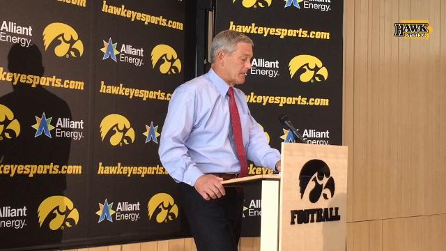 Kirk Ferentz keeps politics, football separate