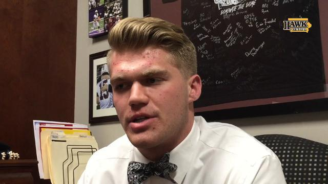 Dowling's John Waggoner commits to Iowa football