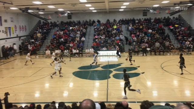 Watch Des Moines North PG Tyreke Locure effectively get inside, draw contact