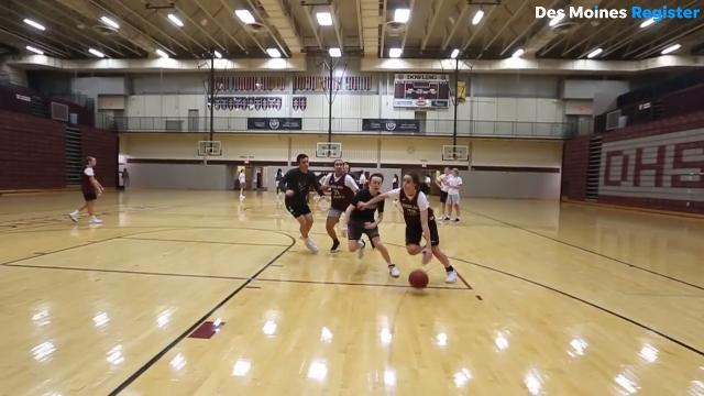 West Des Moines Dowling Catholic High School sophomore Caitlin Clark is the No. 1 high school sophomore playing girls' basketball.