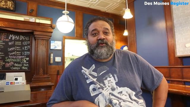 """After two months of being closed, Steve """"Stew"""" Stewart, Woody's Smoke Shack's new owner, will reopen the popular barbecue restaurant in the Drake neighborhood as Woody's Smoke Shack by Stew's Que and Catering."""