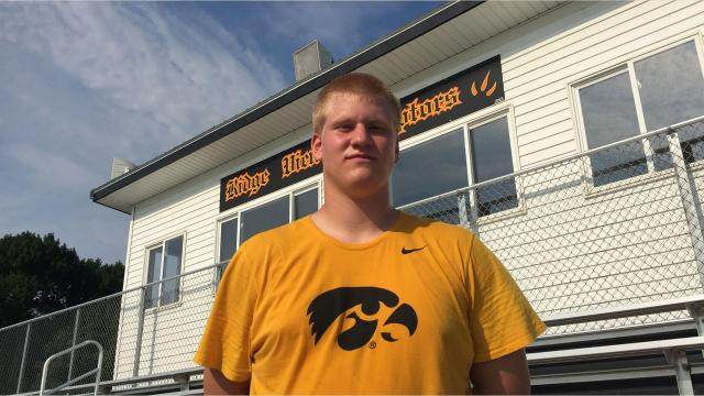 Iowa Eight football: Ridge View OT Ezra Miller