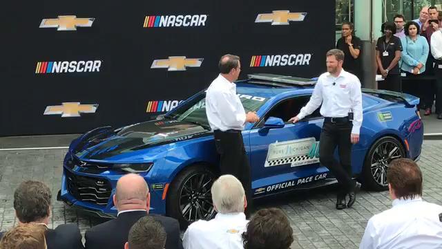 Chevrolet unveils 2018 NASCAR Cup Series car