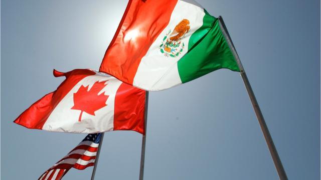 Auto industry aims to influence NAFTA talks