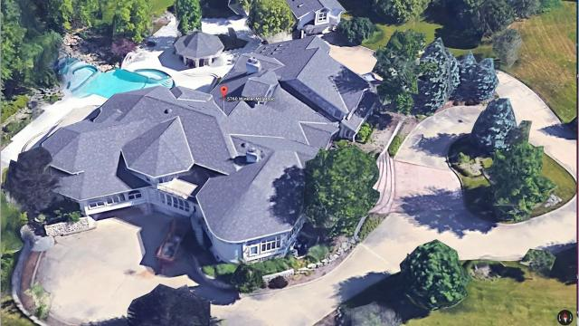 Eminem wants $2M for his Rochester Hills, Michigan home