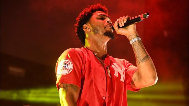 The singer accused of assaulting a Detroit police officer after a concert in Detroit pleaded guilty to two reduced counts of disturbing the peace today and apologized.