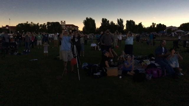Idaho crowd reacts to total solar eclipse