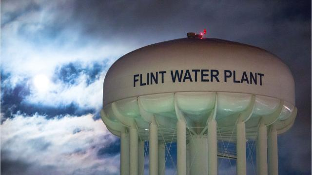 Frank Kelley: Drop Flint charges against Lyon