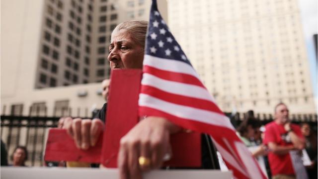 Iraqi ICE detainees seek pardons from Gov  Rick Snyder