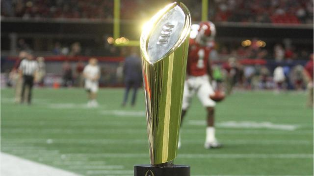 Four Big Ten teams made the first College Football Playoff rankings of 2017. Video by Ryan Ford/DFP