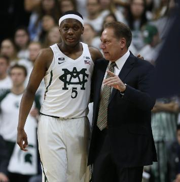 Hot start, strong finish lifts MSU over Notre Dame