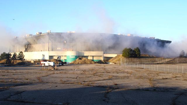 Pontiac Silverdome, former home of the Detroit Lions, has failed partial implosion