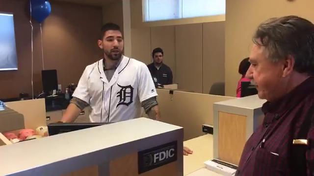 Tigers' Nick Castellanos, Daniel Norris visit bank in Rochester