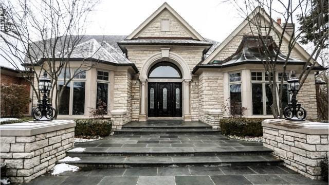 Bloomfield Hills house hasn't been lived in since renovation