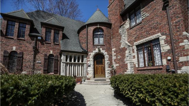 This handsome house in north-central Detroit still has original carved plaster scenes on its walls and Pewabic tile arches over the bathtubs.