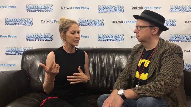 Chatting with actress Jenna Elfman live from Motor City Comic Con on Sunday, May 20, 2018.