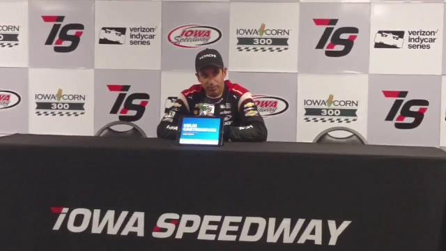 Helio Castroneves wins the Iowa Corn 300