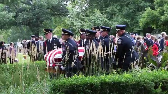 Lt. Aaron Allan laid to rest at Crown Hill Cemetery